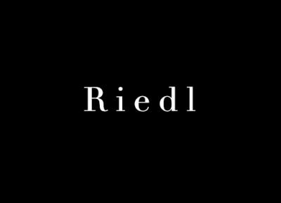 Frau Riedl
